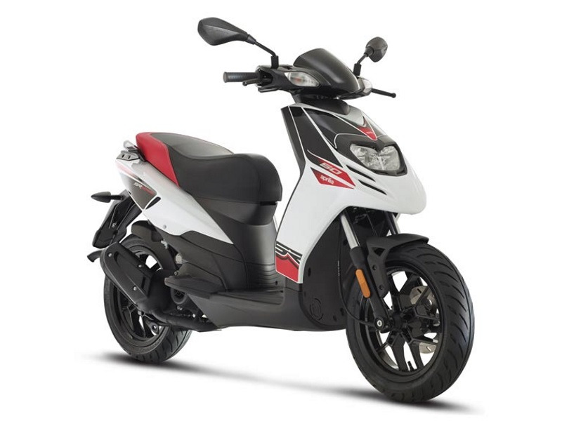 aprilia sr motard 50 scooters of miami. Black Bedroom Furniture Sets. Home Design Ideas